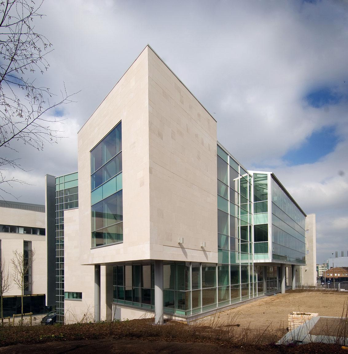 fch-innovation-centre-04