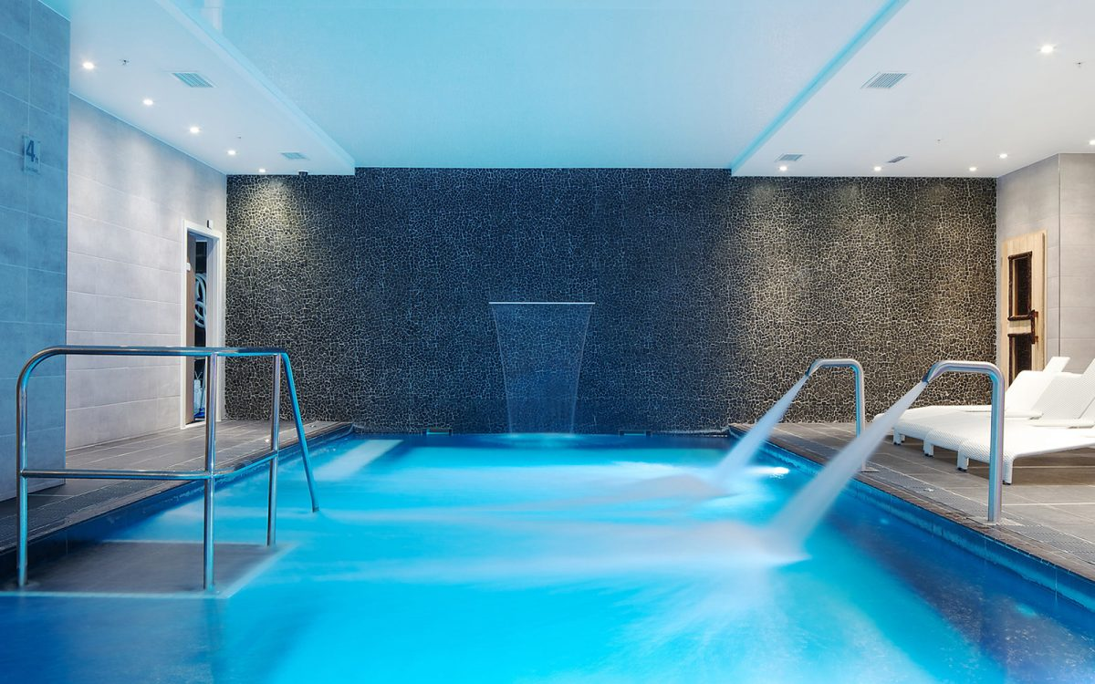 Hotel indigo birmingham falconer chester hall - Hotels in chester with swimming pool ...