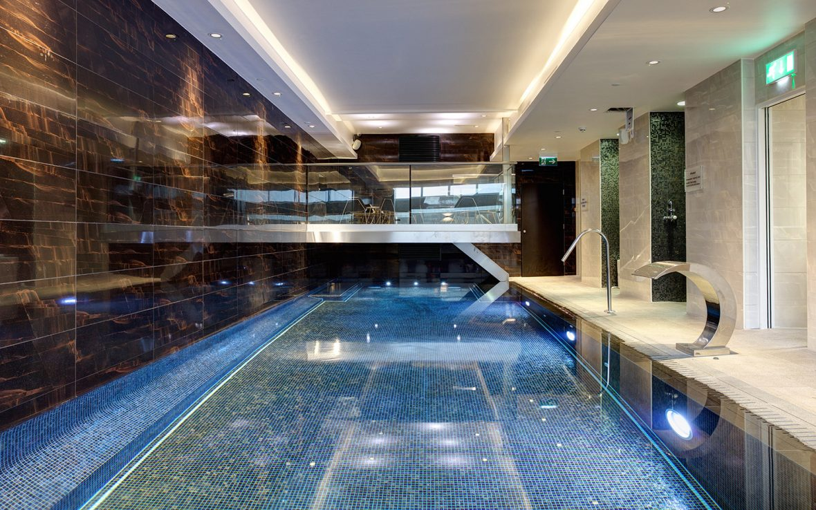 Doubletree by hilton liverpool - Hotels with swimming pools in liverpool ...